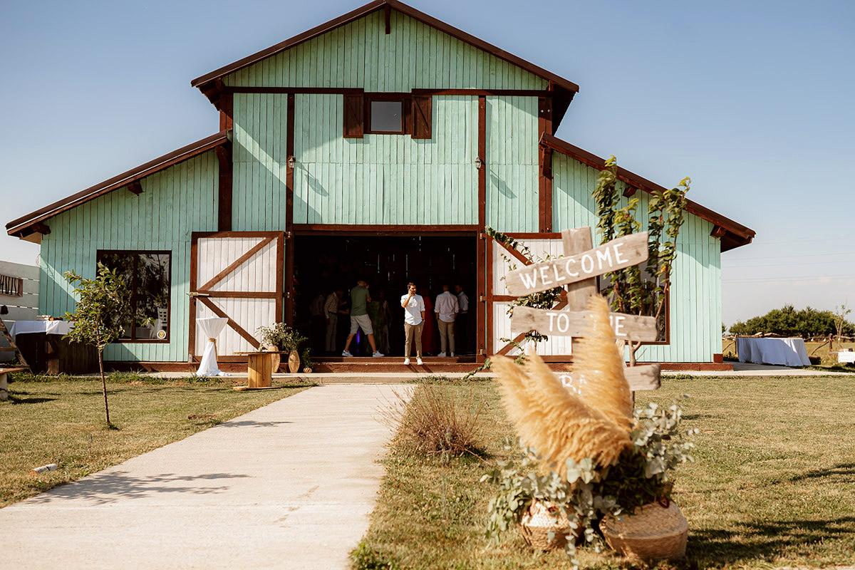 Nunta Alexandra & Andrei | Artist, the Barn | Silhouettes.ro